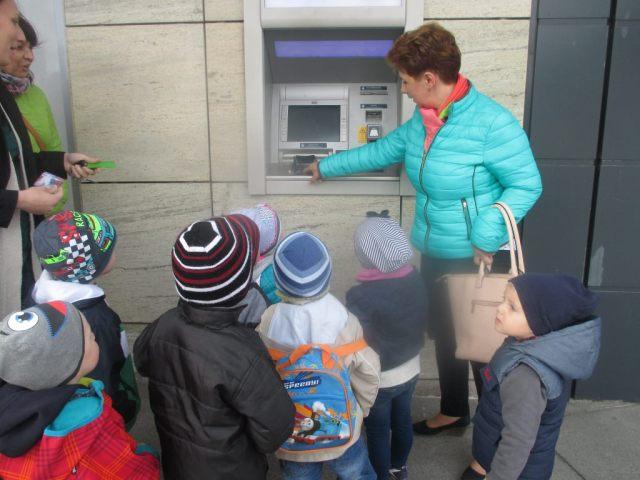 Bankomat_Pratnica